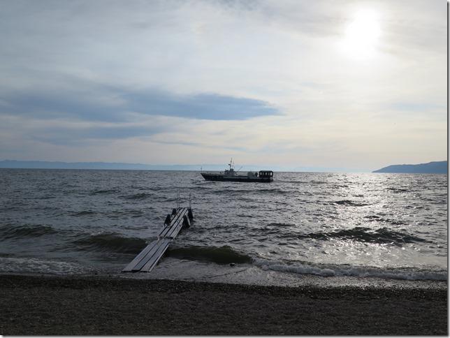 Листвянка - берег Байкала